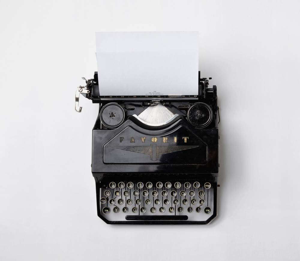 http://bouzaglo-law.com/wp-content/uploads/2018/08/LJIZlzHgQ7WPSh5KVTCB_Typewriter.jpg
